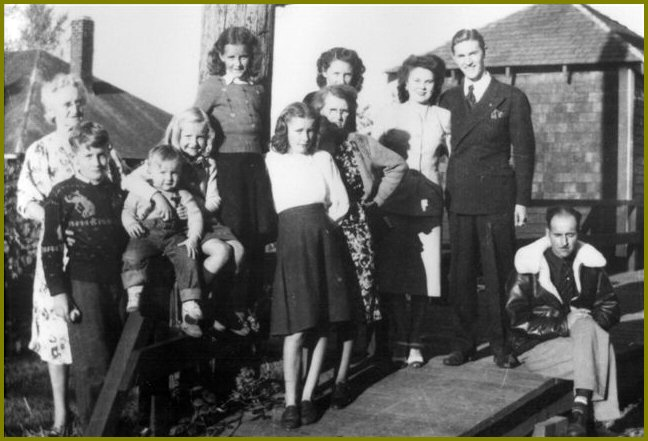 Siddall Family at Yarrow Station - 1948